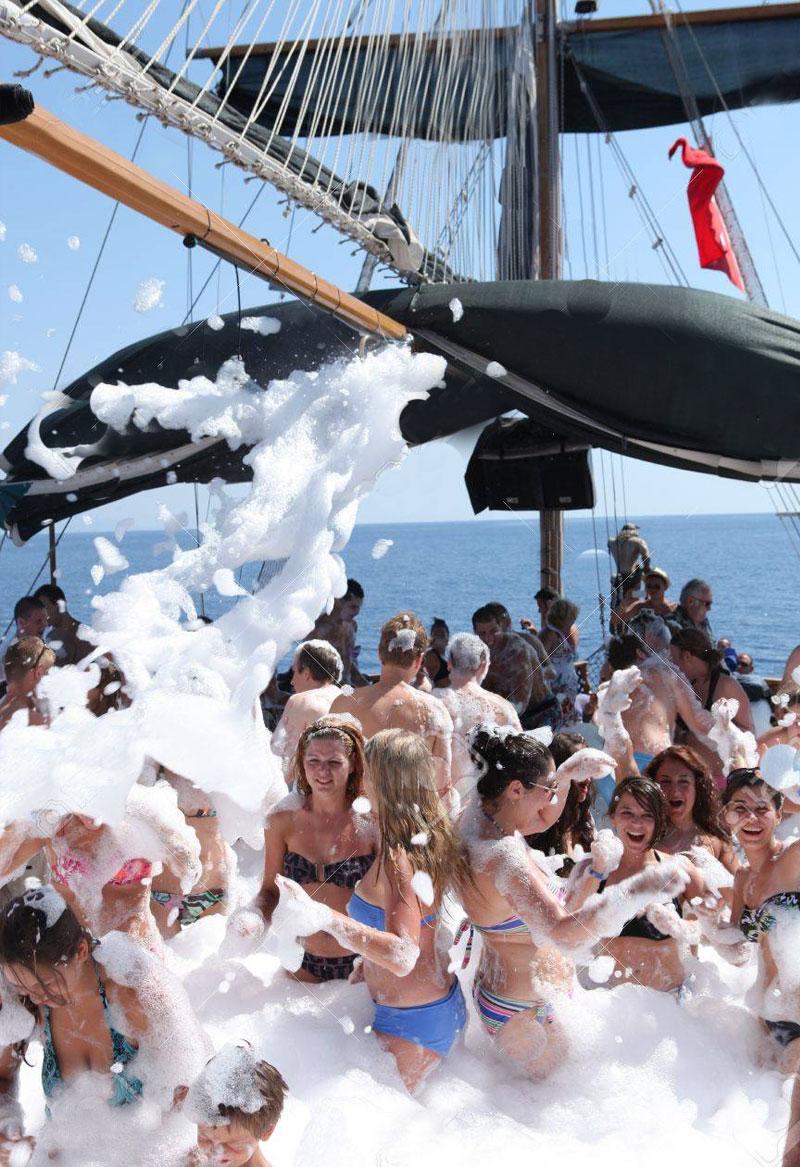 رحلة قارب كيمير في أنطاليا