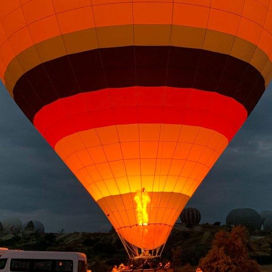 السياحة في كابادوكيا Cappadocia Hot Air Balloon Flight - Rozana Tours Luxury holiday package