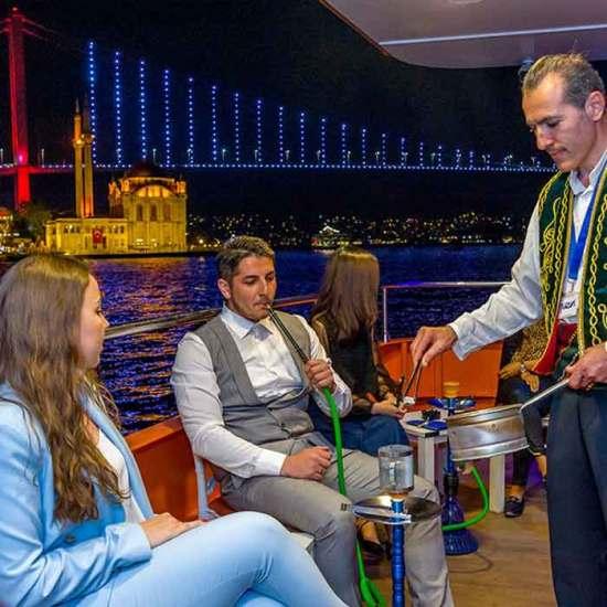 Istanbul Bosphorus Evening Boat Cruise Tour – TurnaTour