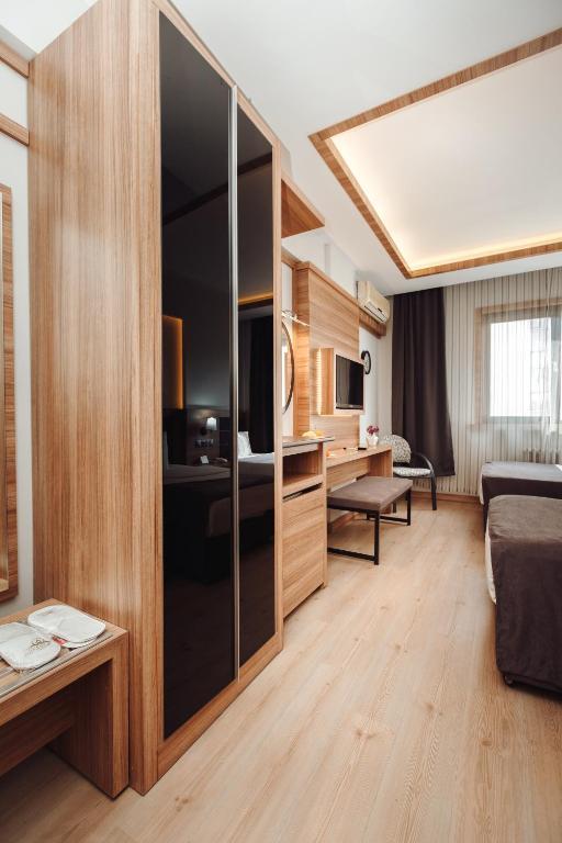 Aksular Hotel